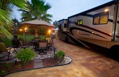 Bella Terra of Gulf Shores is your destination for good times & luxury Class A RV living. 5 star amenities at the South's top rated motorcoach resort Trailer Deck, Rv Lots, Class A Rv, Rv Financing, Rv Campgrounds, Rv Trailers, Travel Trailers, Park Resorts, Parking Design