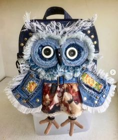 Owl Cushion, Denim Art, Owl Crafts, Fabric Patch, Owl Art, Machine Embroidery, Upcycle, Sewing, Create