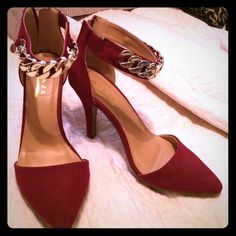 Host Pick! ❤️ Gorgeous D'orsay pumps Burgundy pumps with gold metal accents. Mint condition- only worn once! Glaze Shoes Heels