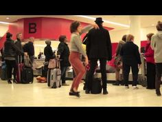 Dance Like Nobody's Watching: Airport.. TOTALLY DOING THIS.