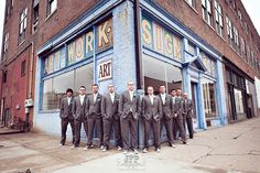 posing groomsmen, posing the bridal party, urban photography, wedding photography