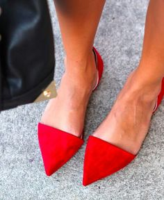 Pointy flats are super Real World - if they fit your toes.