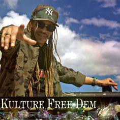 Center Point  www.kulturefree.com   #kulturefreedem #zimzallahbin #soulRmatrix #kinglife #adultcontemporaryhiphop #MindMusic #spreadlove   *Photos by @gilbertodebordjr Center Point, Spread Love, Captain Hat, Hip Hop, Music, Photos, Life, Musica, Musik