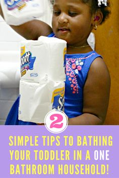 2 Simple Tips to Bathing your Toddler in a One Bathroom Household! #Scott100More #ad  Bathroom Parenting Tips