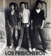 Los prisioneros. LA banda de rock chilena. Music Stuff, My Music, End Of The World, My Favorite Music, Music Artists, Rock And Roll, Tv Series, Grunge, Spanish