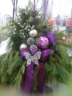Gorgeous Live Purple Christmas Swag