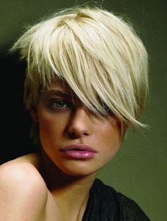 _short_blonde_hair_thumb.jpg