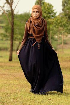 tampilan baju muslim gamis bergaya casual