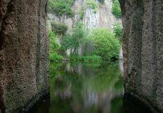 10 ámulatba ejtő hely, amiért az országhatárt sem kell átlépned! | Családinet.hu Budapest Hungary, Hiking Trails, Holiday Travel, Homeland, The Good Place, Places To Go, Castle, Adventure, Landscape