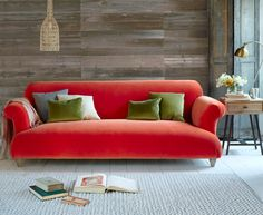 Our squidgy Soufflé sofa is blinkin' comfy and handmade in Blighty. It takes after our favourite pudding, puffed up like a pillow and soft in the middle.