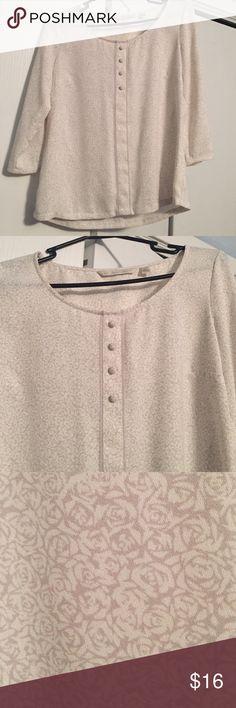 LC Lauren Conrad rose 3/4 sleeved top Beautiful XS LC Lauren Conrad top with 3/4 sleeves and a beautiful rose design LC Lauren Conrad Tops Blouses