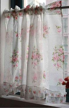 umla:  (via . | Cottage dreams) ... Such delicate looking curtains