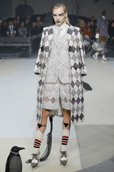 Didn't know I wanted an argyle coat until now! Thom Browne Fall 2017 Ready-to-Wear collection.