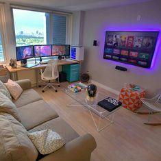 Video Game Room Ideas That Are Insanely Awesome Small Space Video Game Room Setup Game Room Design, Small Room Design, Games Room Inspiration, Room Ideas, Deco Gamer, Gaming Room Setup, Computer Gaming Room, Gaming Rooms, Computer Room Decor