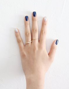 Super nails silver blue sparkle ideas nails in 2019 trendy nails, . Acrylic Nail Designs, Nail Art Designs, Hair And Nails, My Nails, Trendy Nail Art, Manicure E Pedicure, Super Nails, Perfect Nails, Blue Nails