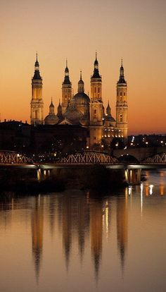Zaragoza, Spain | PicadoTur - Consultoria em Viagens | Quer viajar? Procure a PICADOTUR! |