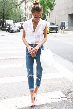easy white top/denim look with polished pumps.