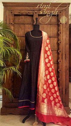 Anarkali Dress, Pakistani Dresses, Indian Dresses, Indian Outfits, Anarkali Suits, Indian Clothes, Punjabi Suits, Salwar Designs, Blouse Designs