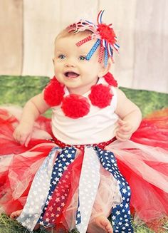 This fun tutu set includes a skirt made of red and white tulle and blue and white star printed fabric. The stretchy crocheted waist is red. As a bonus with this tutu, we are including a 4th of July Headband, made of printed ribbon, ostrich, and a shabby flower, set on a satin elastic headband!  Tutu is one size. Age: 2-8 yr.  Please allow up to two weeks for production. All items are made in my smoke-free home.  FIND US ON FACEBOOK! http://www.facebook.com/sugarandspiceboutiquega   Etsy!