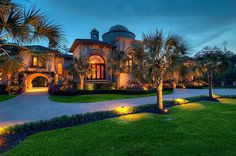 Mediterranean Mansion In The Woodlands, Texas