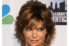 """Lisa Rinna continues to wow us with her style and personality till date.Read More """"Lisa Rinna Hairstyles"""" Short Sassy Haircuts, Short Shag Hairstyles, Short Hairstyles For Women, Cool Hairstyles, Razor Cut Hairstyles, Bob Haircuts, Hairstyles 2018, Wedding Hairstyles, Scene Hairstyles"""