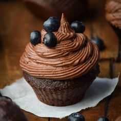 Dark Chocolate Blueberry Cupcakes
