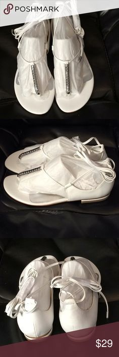 Marc Fisher Women's Extra White Gladiator Sandals Marc Fisher Size 6M White Lace-Up Retail $59 Marc Fisher Shoes Sandals