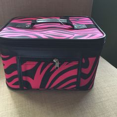 Large makeup case Hard sided makeup case, perfect for travel !! JGarden Bags Cosmetic Bags & Cases