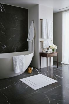 Bathroom decor for your bathroom renovation. Learn bathroom organization, master bathroom decor ideas, master bathroom tile tips, master bathroom paint colors, and much more. Black Marble Bathroom, Bathroom Grey, Bathroom Vintage, Bathroom Small, Bathroom Modern, Hipster Bathroom, Black And White Master Bathroom, British Bathroom, Silver Bathroom