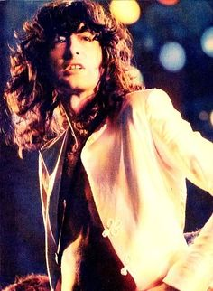 Jimmy Page, such a beautiful man!!!