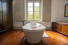Suit Bath