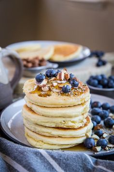 Almond Flour Pancakes - paleo, gluten free, refined sugar free, dairy free, super light, fluffy, and healthy