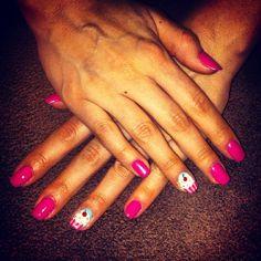 #DIY #nails #nailart #cupcakes #muffins #pink #sweet #swarovski