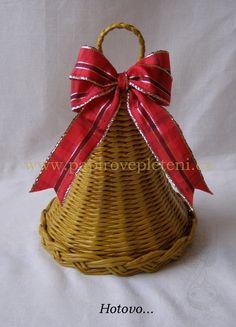 Zvonek - Papírové pletení ( weave a bell for Christmas time )