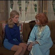 Elizabeth Montgomery and Agnes Moorehead in Bewitched (1964)