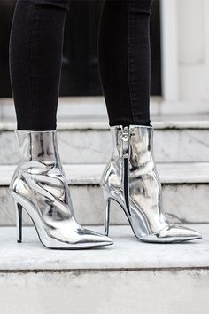 High Heeled Boot from Kurt Geiger in metallic Silver
