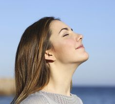 Did you know that without thinking about it, you breathe 17,000-23,000 times a day? Discover other benefits deep breathing can have on your body.