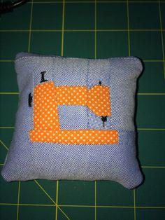 Pincushion Pin Cushions, Throw Pillows, Bed, Home, Toss Pillows, Cushions, Stream Bed, Ad Home, Decorative Pillows