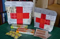Finish Along Quarter 3 Tutorial Week – First Aid Pouch By Gemini Stitches | The Littlest Thistle
