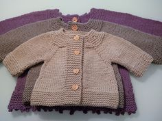 Ciccia Pelos. Top-down baby cardigan by Barbara Ajroldi in three sizes. Cute!