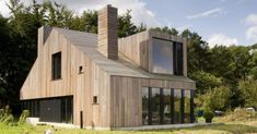maison-bois-moderne-tout-bois-toit-bardage