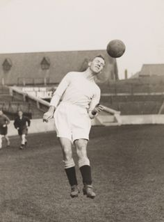 Matt Busby plays for Manchester City Football Club, 1932, White © Daily Herald / National Media Museum, Bradford / SSPL