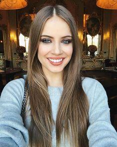 Xenia Tchoumitcheva - All of the good that a simple smile can do. Instagram: https://www.instagram.com/p/BPUyy0Dg751/ Vk: https://vk.com/club131845230 Facebook: https://www.facebook.com/groups/167417620276194/