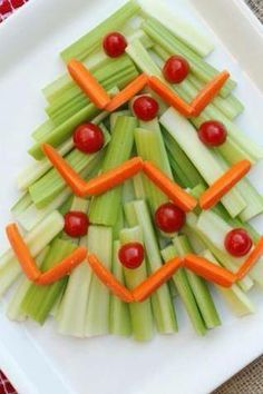 Healthy xmas tree- add your dip and you're all ready for the party to begin!