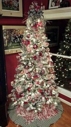 Nick Saban Christmas tree