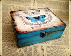 Personalized Box, Wooden jewelry box, Elegant gift, Butterfly Effect box, love b. Wooden Box Crafts, Diy Wood Box, Painted Wooden Boxes, Wooden Jewelry Boxes, Wood Boxes, Cigar Box Art, Cigar Box Crafts, Shabby Chic Boxes, Shabby Chic Crafts