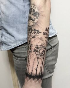 "Polubienia: 148, komentarze: 3 – HIPNER (@hipner.magdalena) na Instagramie: ""2 #las #wilk #księżyc #drzewa #tatuaż #trees #forest #tattoo #black #moon #wolf #blackwork #dotwork…"""