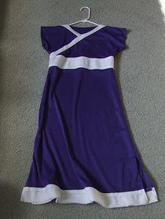 Katara pajamas! I want to make this so bad but I can't sew! :(