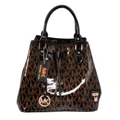 Come to here to buy the Tonne, we offer the best quality and the cheapest price for you! You can take the Tonne to your friends surprise! Michael Kors Handbags Sale, Michael Kors Fall, Michael Kors Handbags Outlet, Cheap Michael Kors, Michael Kors Bedford, Michael Kors Selma, Mk Handbags, Cheap Handbags, Michael Kors Tote