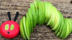Super snacks for kids birthday party hungry caterpillar ideas Hungry Caterpillar Activities, Hungry Caterpillar Party, Snacks Für Party, Appetizers For Party, Party Treats, Chenille, Food Humor, Creative Food, Food Art